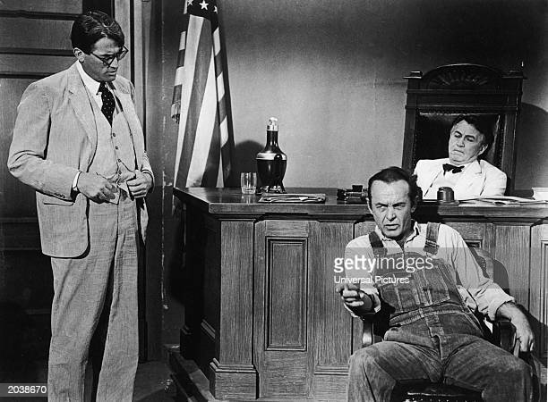 To kill a mockingbird atticus in court - photo#54