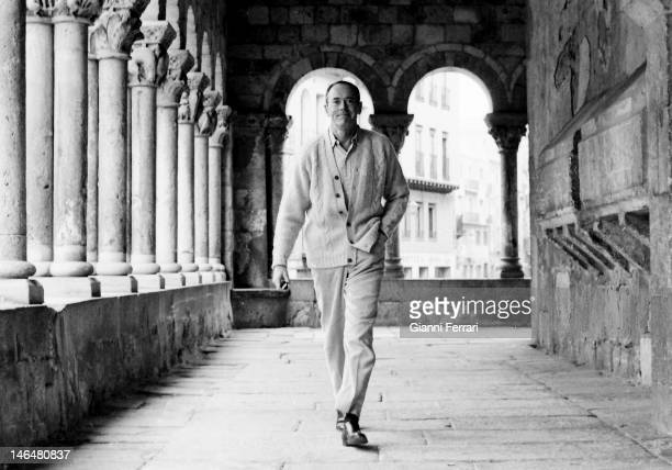 American actor Henry Fonda during a break from filming the movie 'La batalla de las Ardenas' Segovia Spain