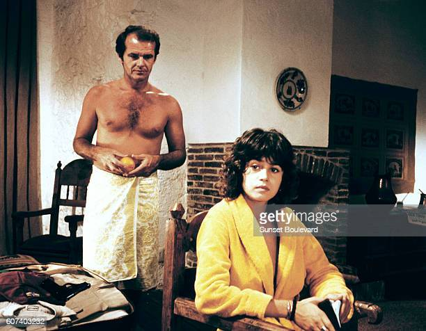 American actor Jack Nlcholson and French actress Maria Schneider on the set of Professione reporter written and directed by Michelangelo Antonioni