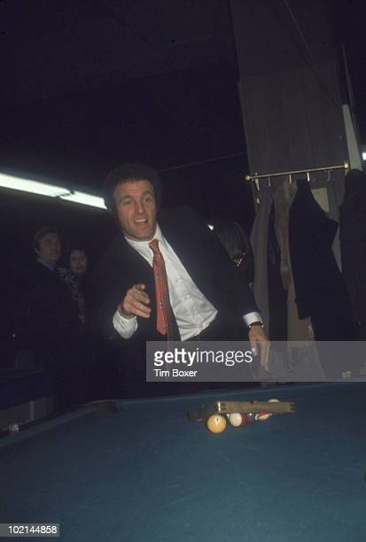 American actor James Caan plays pool at Gallagher's restaurant during the premiere party for his film 'Cinderella Liberty' New York New York December...