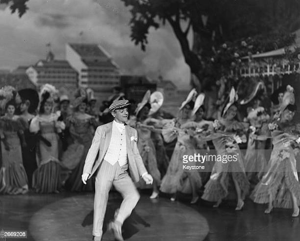 American actor James Cagney in his portrayal of dramatist and actor George M Cohan in the film 'Yankee Doodle Dandy' directed by Michael Curtiz