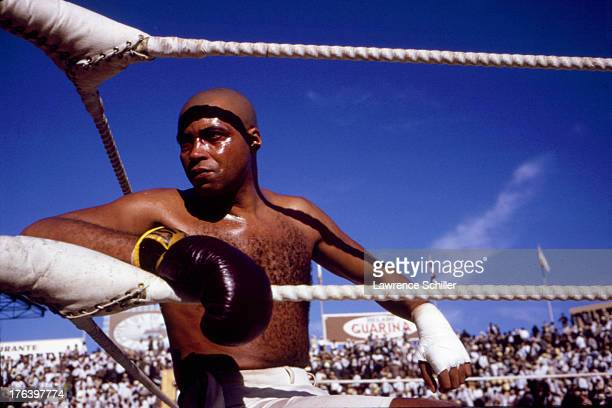 American actor James Earl Jones in a boxing ring on the set of the film 'The Great White Hope' Barcelona Spain 1970