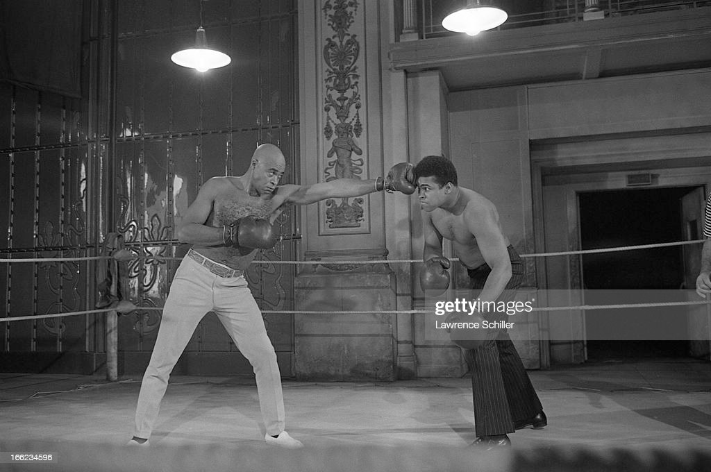 american-actor-james-earl-jones-spars-wi