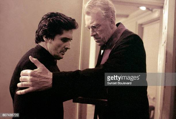 American actor Jason Miller and Swedish actor Max von Sydow on the set of The Exorcist based on the novel by William Peter Blatty and directed by...