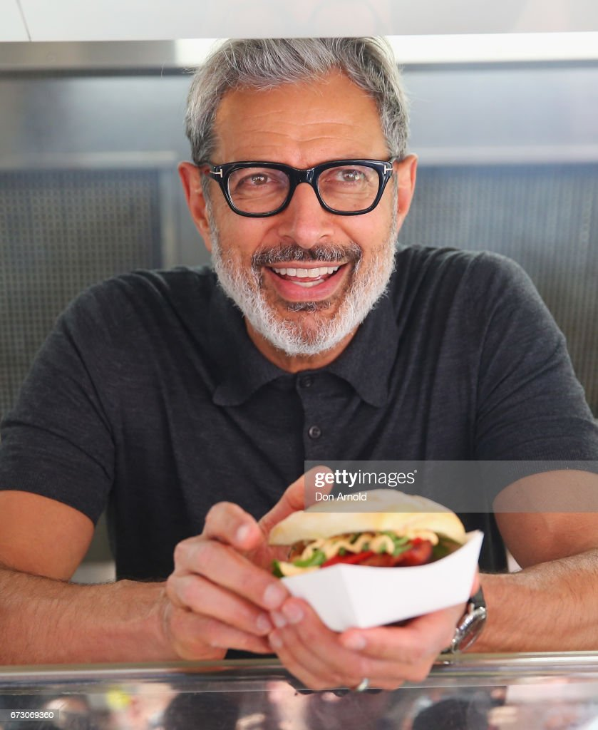 Jeff Goldblum Serves Sausages To Sydneysiders