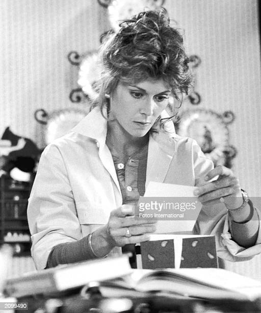 American actor Kate Jackson in a still from the television program 'Scarecrow and Mrs King' circa 1985