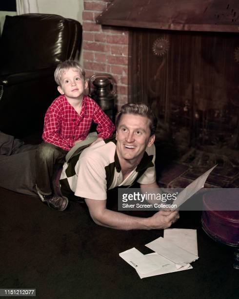 American actor Kirk Douglas with his son Michael Douglas, circa 1950.