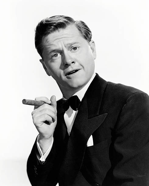 american-actor-mickey-rooney-posing-with