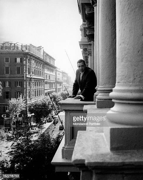 American actor Raymond Burr renowned as lawyer Perry Mason in the homonymous TV serial during a tour in Italy 1962