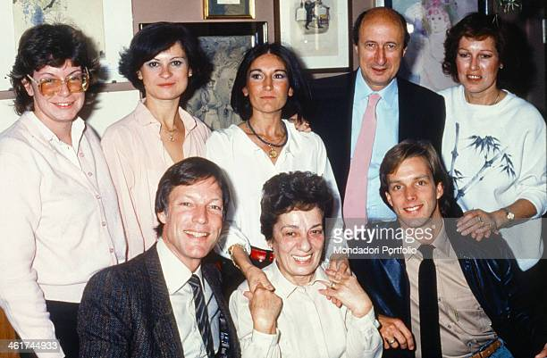 American actor Richard Chamberlain posing smiling with his partner Martin Rabbett and the journalists of the magazine TV Sorrisi e Canzoni Canzoni...