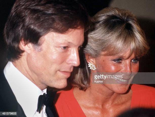 American actor Richard Chamberlain with actress Linda Evans circa 1984