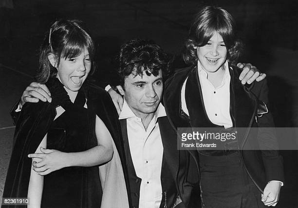 American actor Robert Blake poses with his children Delinah and Noah at the Emmy Awards in Pasadena September 1977
