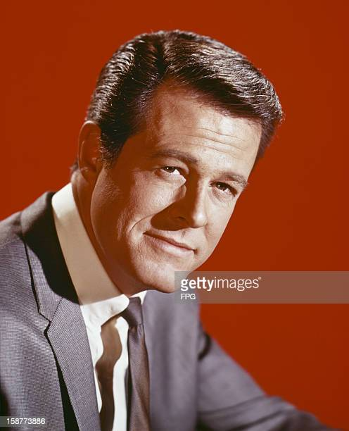 American actor Robert Culp as he appears in the television series 'I Spy' circa 1968