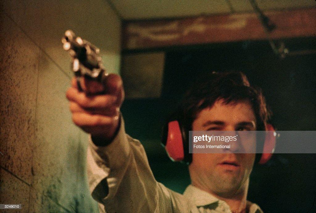 Shooting Practice : News Photo