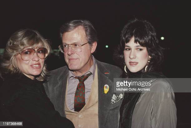 American actor, screenwriter and director Robert Culp with his wife Candace Faulkner and daughter Rachel , 1981.