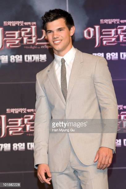 American Actor Taylor Lautner attends the Twilight Saga Eclipse press conference at Shilla Hotel on June 3 2010 in Seoul South Korea The film will...