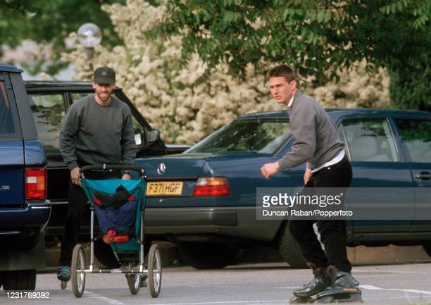 American actor Tom Cruise preparing to go rollerskating in Hyde Park in London, England on 8 June, 1995.