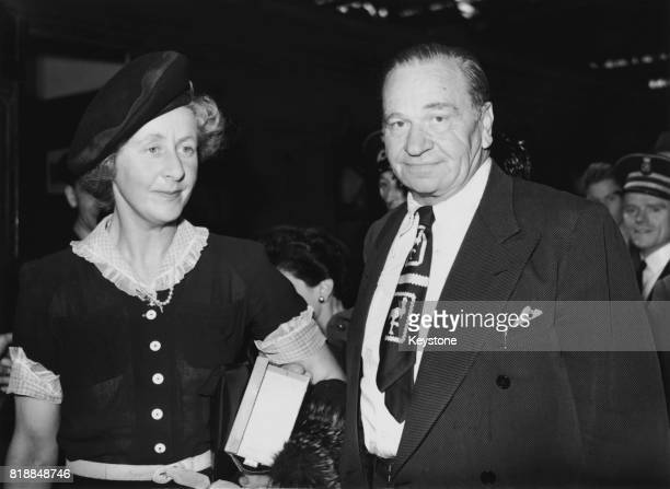 518 Wallace Beery Photos And Premium High Res Pictures Getty Images