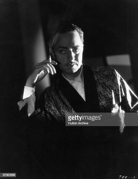 American actor William Powell plays the part of detective Philo Vance in 'The Benson Murder Case' directed by Frank Tuttle for Paramount