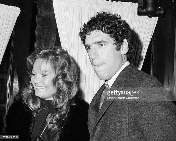 American actors Elliott Gould and Valerie Perrine circa 1975