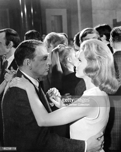 American actors Frank Sinatra as detective Joe Leland and Lee Remick as Karen Wagner Leland in 'The Detective' directed by Gordon Douglas 1968