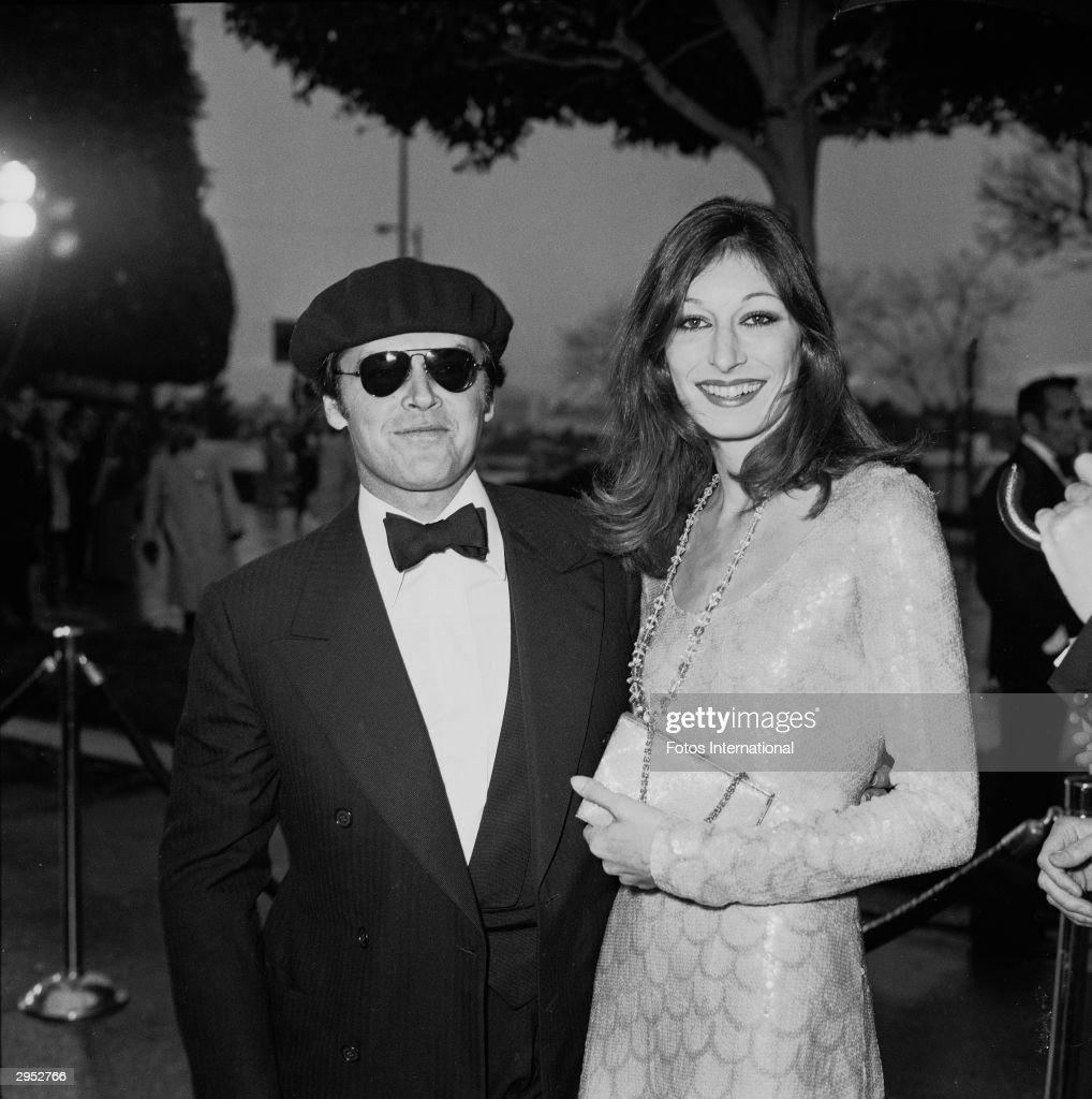 Jack Nicholson & Anjelica Huston At Oscars : News Photo