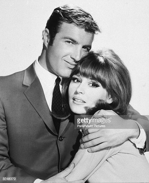 American actors James Caan and Marianna Hill star in the film 'Red Line 7000' directed by Howard Hawks
