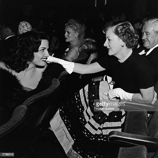 American actors Jane Russell and Irene Dunne talk at the premiere of the feature film 'A Place in the Sun' directed by George Stevens 1951 American...