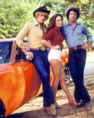 American actors john schneider catherine bach and tom wopat in a picture id166977814?s=170x170