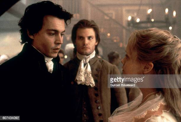 American actors Johnny Depp Casper Van Dien and Christina Ricci on the set of Sleepy Hollow based on the story by Washington Irving and directed by...