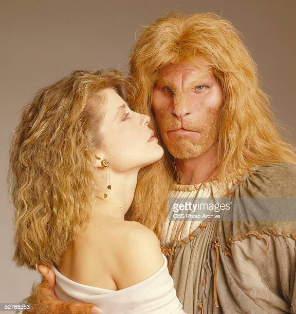 American actors Linda Hamilton and Ron Perlman pose for a promotional photo for their CBS television series 'Beauty and the Beast' 1987