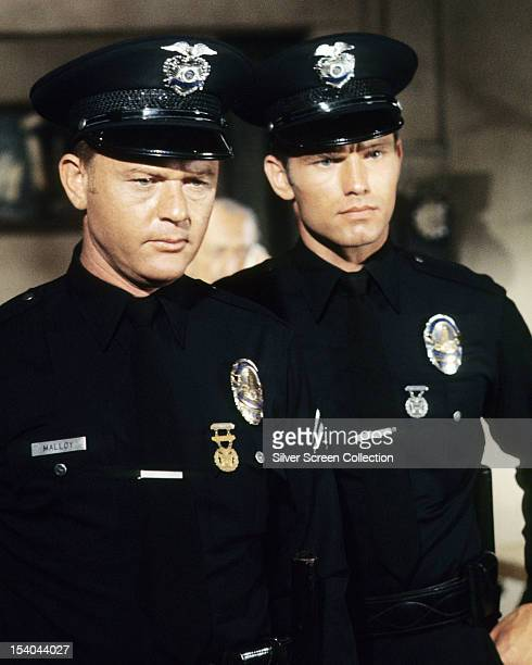 American actors Martin Milner as Pete Malloy and Kent McCord as Jim Reed in the American TV police drama 'Adam12' circa 1970