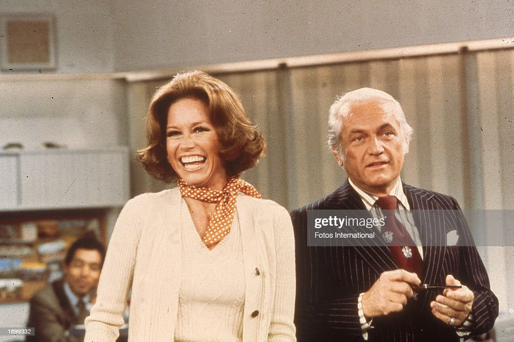 Moore And Knight In 'The Mary Tyler Moore Show,' c. 1976. : News Photo
