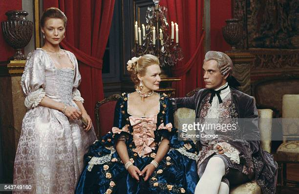 American actors Michelle Pfeiffer Glenn Close and John Malkovich on the set of the film 'Dangerous Liaisons' directed by English director Stephen...