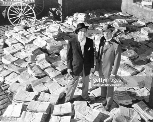 American actors Orson Welles as Charles Foster Kane, and Joseph Cotten , as Jedediah Leland, in 'Citizen Kane', directed by Welles, 1941.