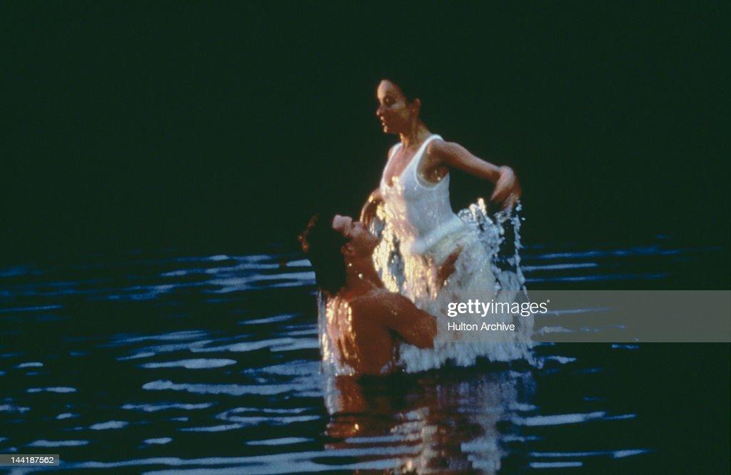 American actors Patrick Swayze (1952 - 2009) and Jennifer Grey star in the film 'Dirty Dancing', 1987.
