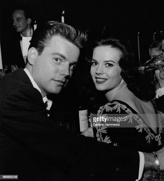 American actors Robert Wagner and Natalie Wood attend an Academy Awards party at the Beverly Hilton, circa 1957.