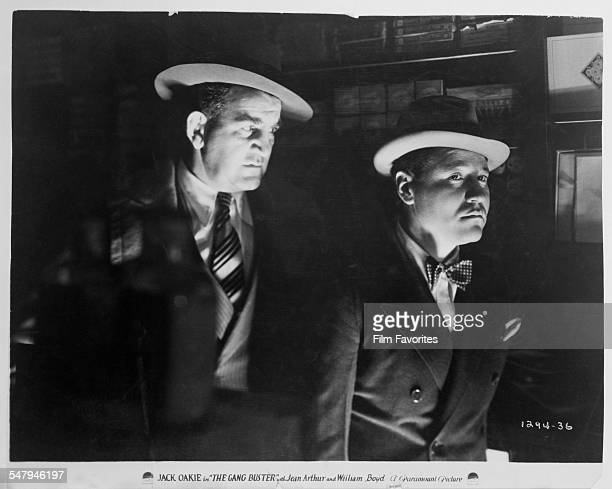 American actors Tom Kennedy as Gopher Brant and Jack Oakie as 'Cyclone' Case in a publicity still for A Edward Sutherland's 1931 comedy 'The Gang...