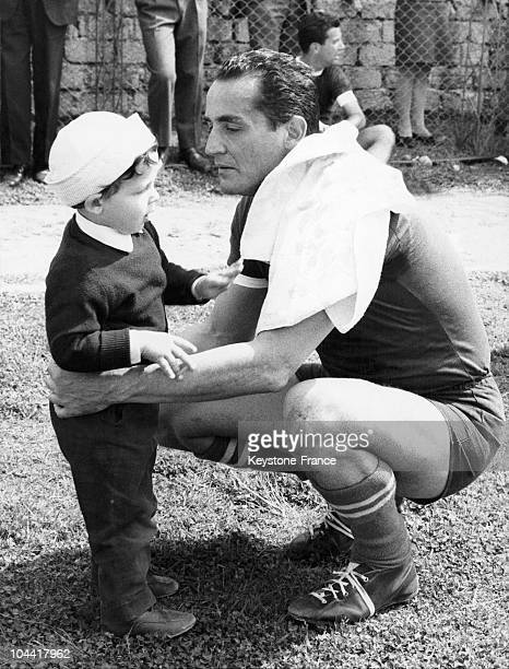 American actors Vittorio GASSMAN and AnnaMaria FERRERO in a scene from Dino RISI's film L'HOMME AUX CENT VISAGES in Rome on December 3 1959