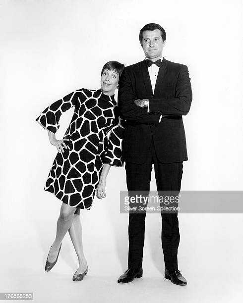 American actress and comedienne Carol Burnett with American singer and actor Robert Goulet one of her guest stars on the TV variety show 'The Carol...