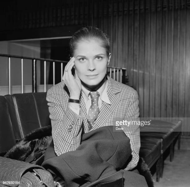American actress and fashion model Candice Bergen, UK, 22nd January 1968.