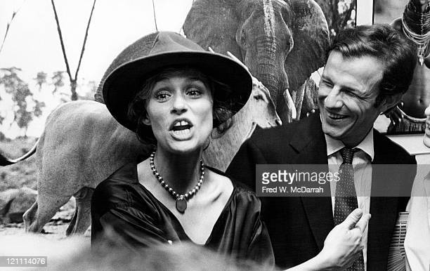 American actress and model Lauren Hutton attends an opening at an unspecified art gallery New York New York November 10 1975