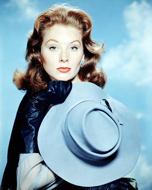 american-actress-and-model-suzy-parker-c
