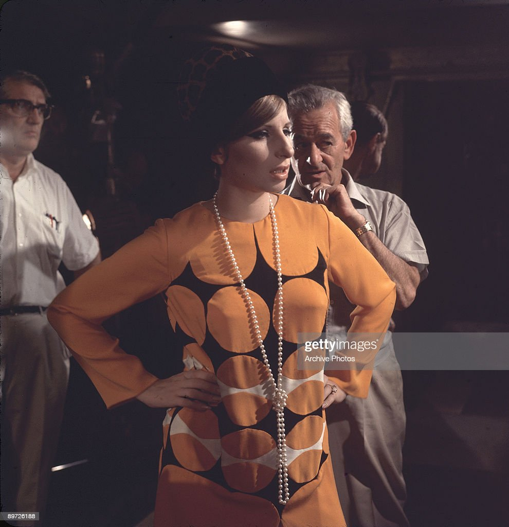 Archive Entertainment On Wire Image: Barbra Streisand