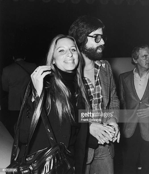 American actress and singer Barbra Streisand with her boyfriend producer Jon Peters in Kinshasa for the Rumble in the Jungle boxing match between...