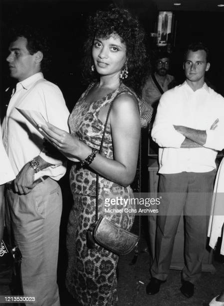 American actress and singer Diahnne Abbott, the wife of actor Robert De Niro, at a showing of the film 'Kiss of the Spider Woman', 1985.
