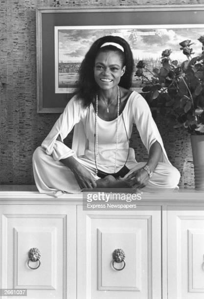American actress and singer Eartha Kitt Original Publication People Disc HF0683