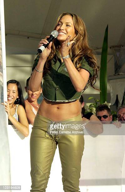 American actress and singer Jennifer Lopez during her live performance at Darling Harbour on February 22 2001 in Sydney Australia Lopez is in...