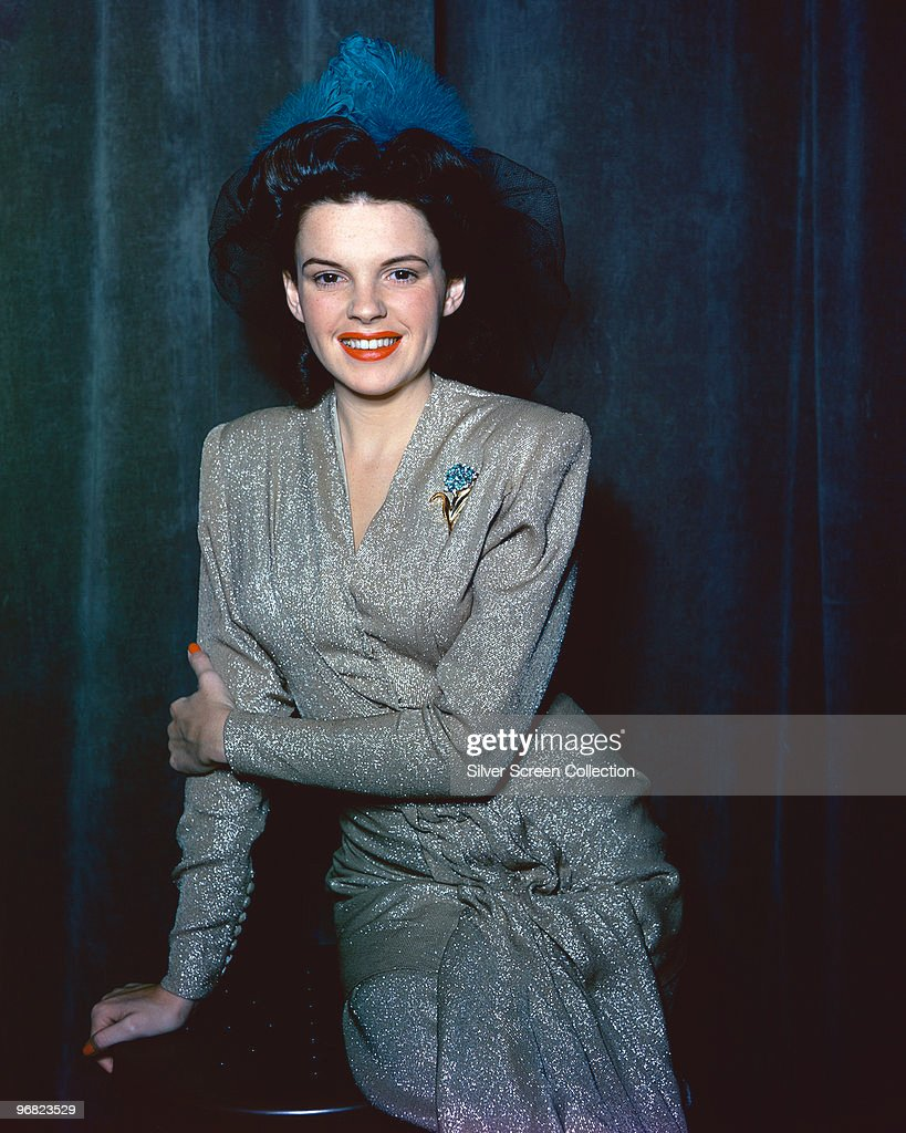Archive Entertainment On Wire Image: Judy Garland