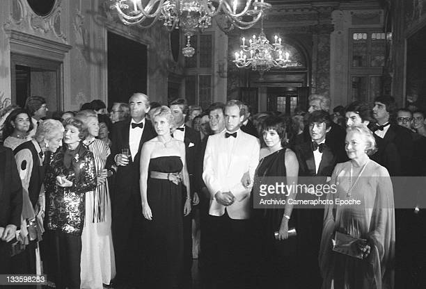 American actress and singer Liza Minelli portrayed in a group shot with Pia Lindstrom Gregory Peck Maria Pia Fanfani Olivia de Havilland Tony Renis...